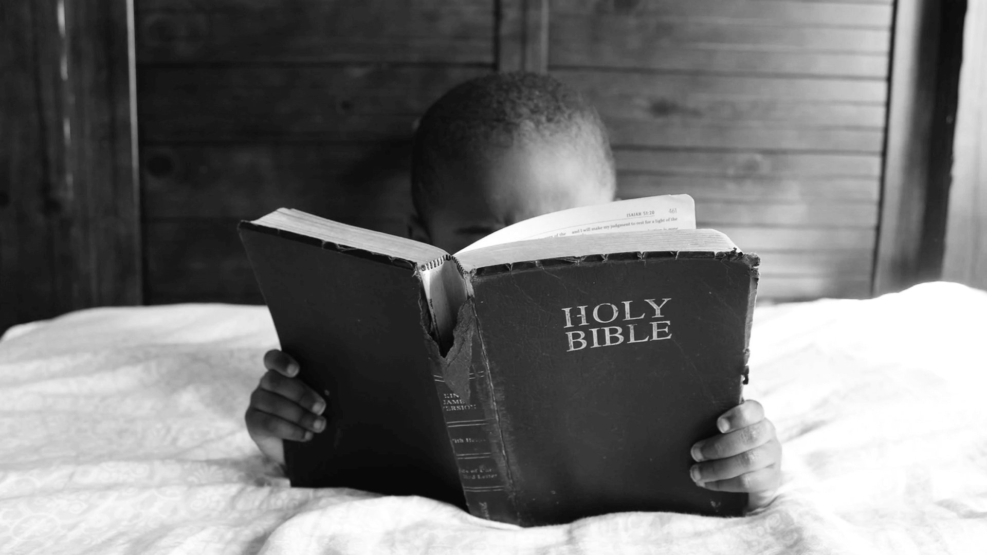 bible-reading-child